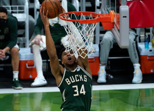 Antetokounmpo appeared heroic in a match between Bucks and Suns which led to Bucks victory